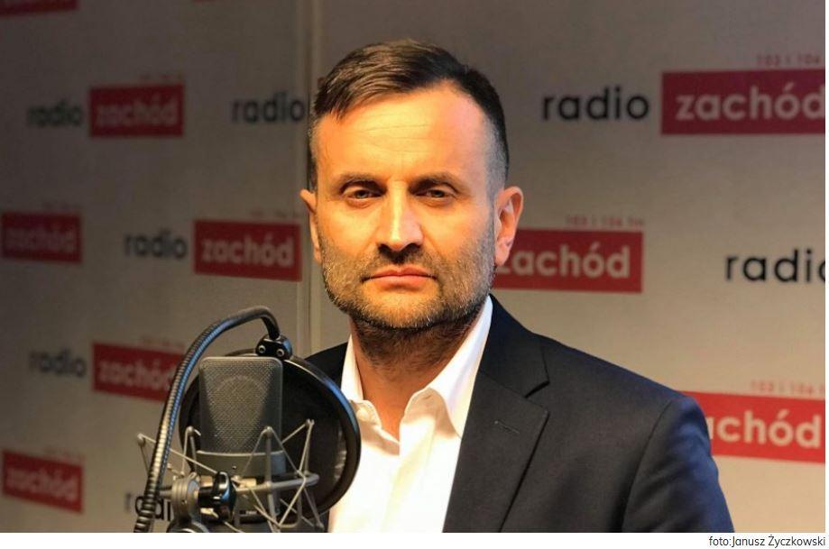 """Ilustracja do informacji: """"Gość Radia Zachód"""" rozmowa z Piotrem Bromberem Dyrektorem LOW NFZ"""