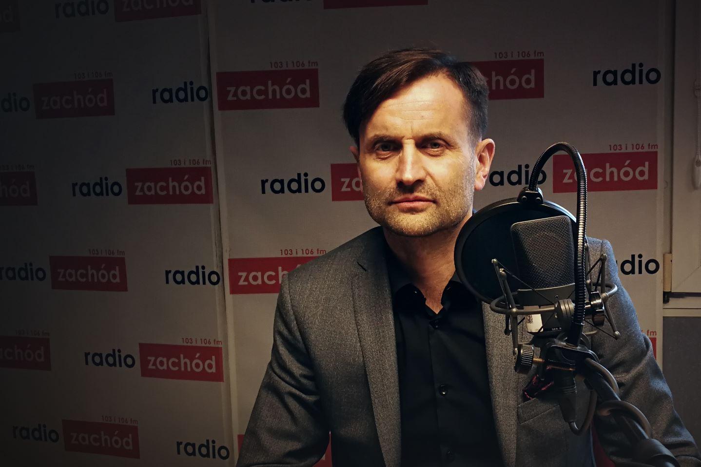 """Ilustracja do informacji: Piotr Bromber Dyrektor LOW NFZ o debacie """"Zdrowie seniora"""""""